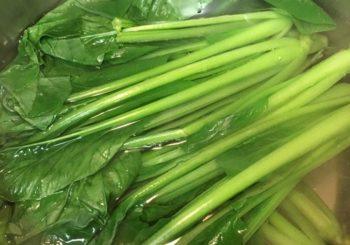 ゆでたあと水に浸す野菜