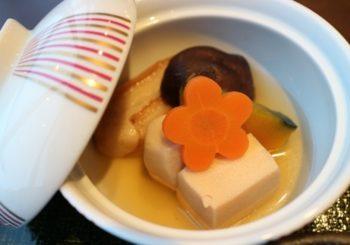 高野豆腐と野菜の炊合せ